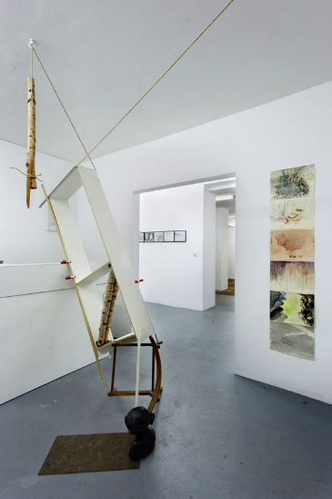 links Anna Gollwitzer, 2017, Die Schreibstube der Anna O. rechts Bettina Carl, 2017, sechs Zeichnungen, Von oben