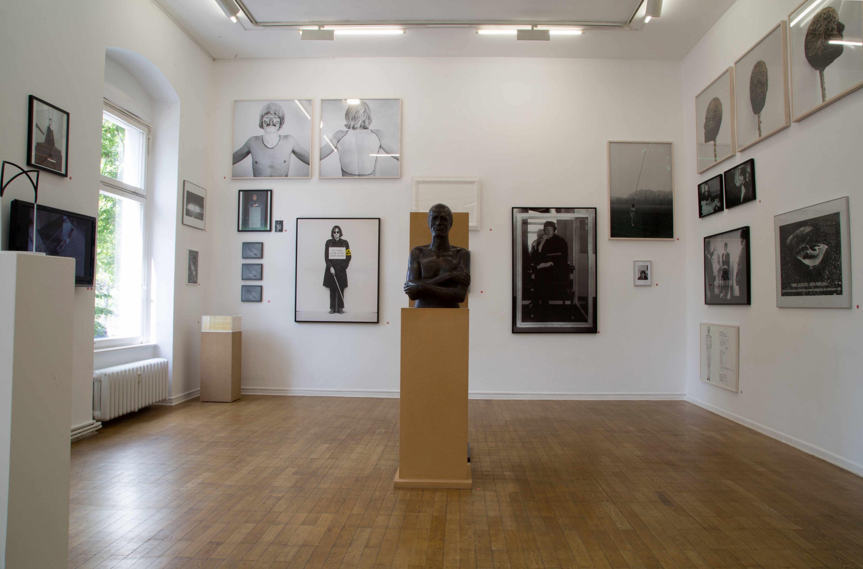Installationsansicht-Timm-Ulrichs-Raum01-03.08