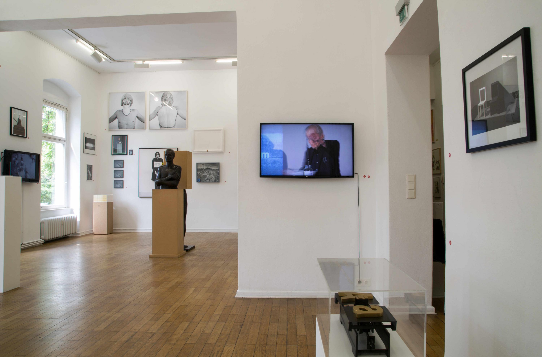 Installationsansicht-Timm-Ulrichs-Raum024-03.08