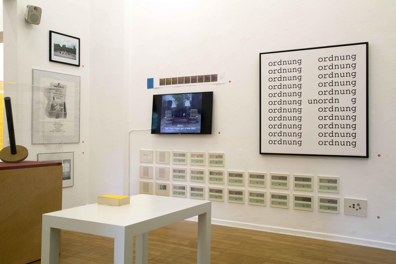Installationsansicht-Timm-Ulrichs-Raum053-03.08